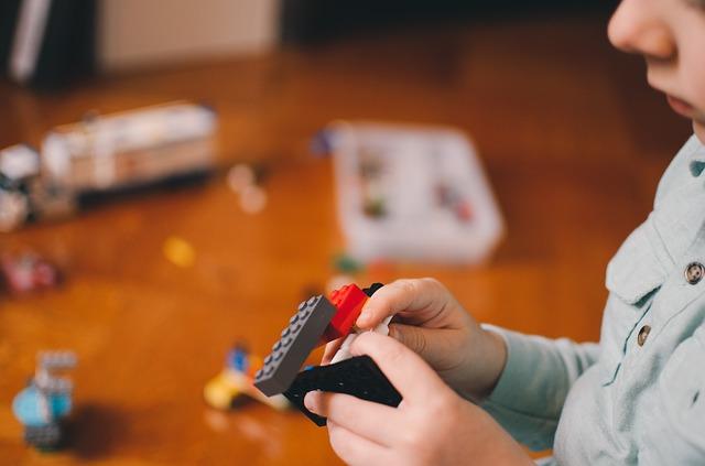 Klocki Lego - rozwijająca zabawa dla dzieci w różnym wiekuKlocki Lego - rozwijająca zabawa dla dzieci w różnym wieku