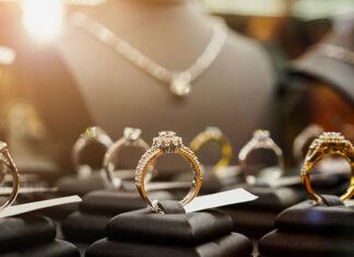 Uniwersalna biżuteria